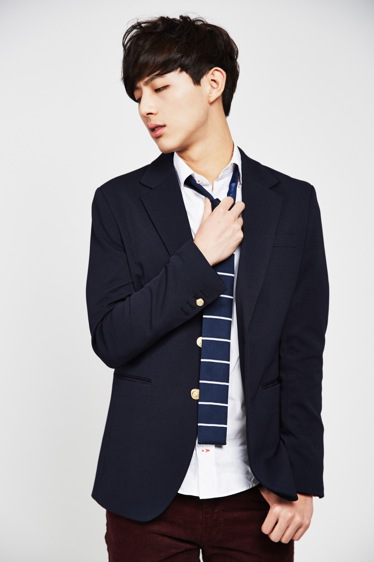 Spotlight Ji Soo The New Kid In School Seoulbeats