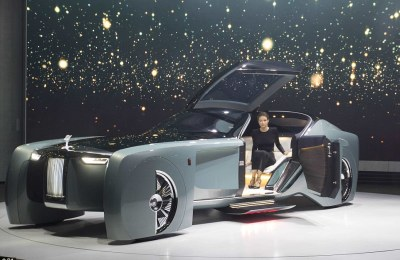 Photo News: Rolls-Royce Unveils First Driverless Car
