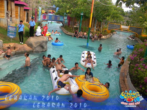 lazy river stream water blaster Semarang