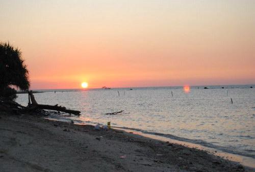 sunset di pantai bandengan