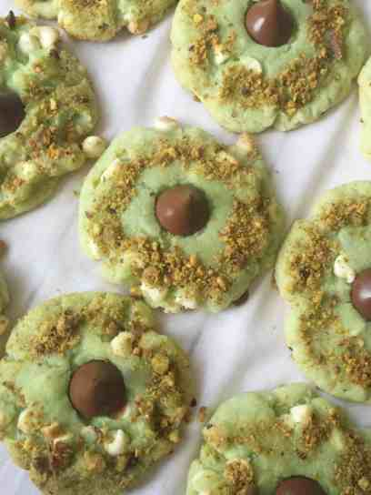 White Chocolate Pistachio Kiss Cookies 3-2