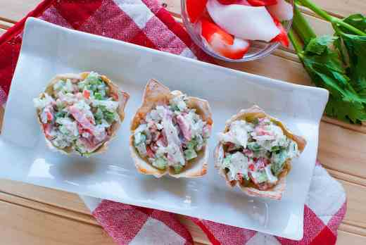 Crab Salad Wonton Appetizers09