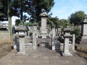 豪徳寺井伊家墓所 / Grave of Ii Clan from Gotokuji - Setagaya, Tokyo