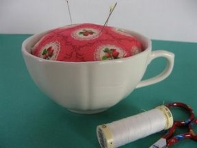 teacup_pincushion00