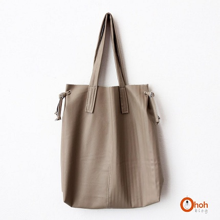 leather tote 0