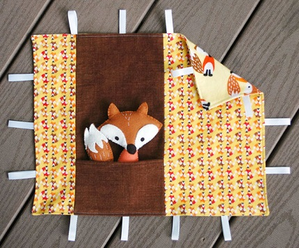 Free pattern: Fox softie and blankie play set