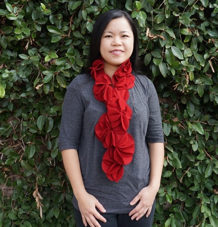 Tutorial: Stitched circle flower scarf
