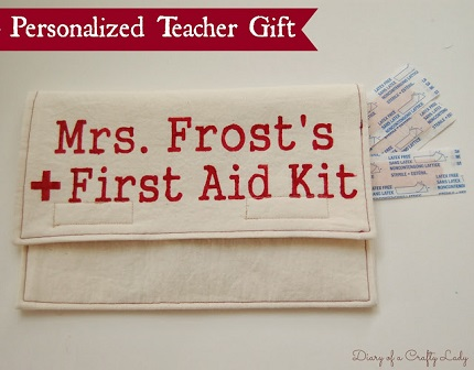 Tutorial: Personalized first aid kit for teacher