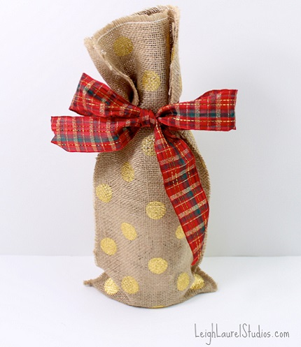 Tutorial: Burlap wine gift bag