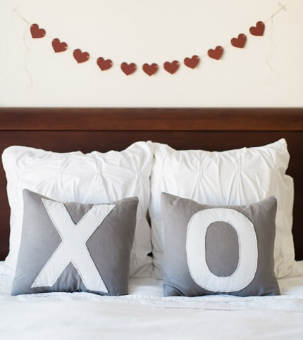 Tutorial: X and O Valentine pillows