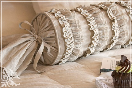 Tutorial: Ruffles and Romance Neckroll Pillow