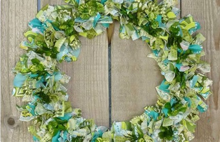 Tutorial: St. Patrick's Day fabric scrap wreath