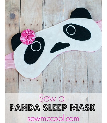 Free pattern: Panda sleep mask