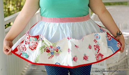 Tutorial: Vintage tablecloth apron