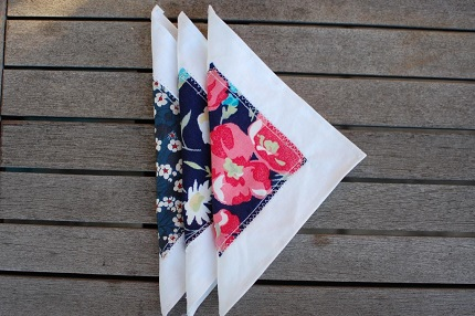 Tutorial: Layered fabric hankies or napkins