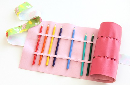 Tutorial: No-sew colored pencil roll