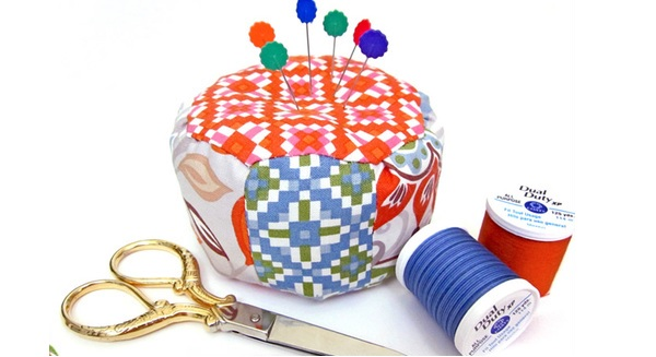 Tutorial: Mini pouf pincushion