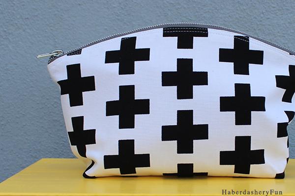 Tutorial: Curvy zip pouches