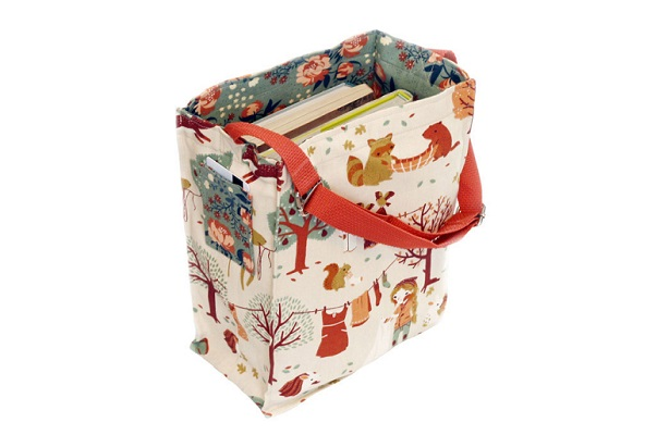 Tutorial: Little Reader library tote