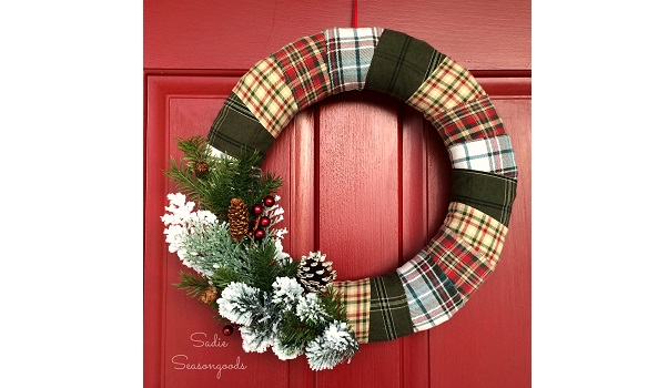 Tutorial: Easy plaid flannel holiday wreath
