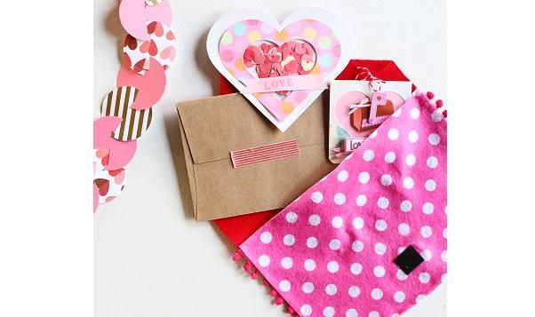 Tutorial: No-sew felt Valentine storage envelope