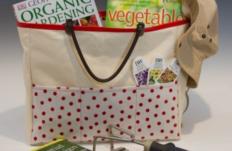 Tutorial: Oilcloth lined garden tote