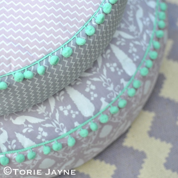Diy Outdoor Floor Pillows : Tutorial: Outdoor round floor cushions ? Sewing
