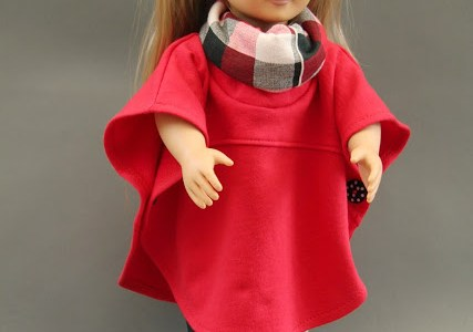 Free pattern: Hooded or cowl poncho cape for an 18″ doll