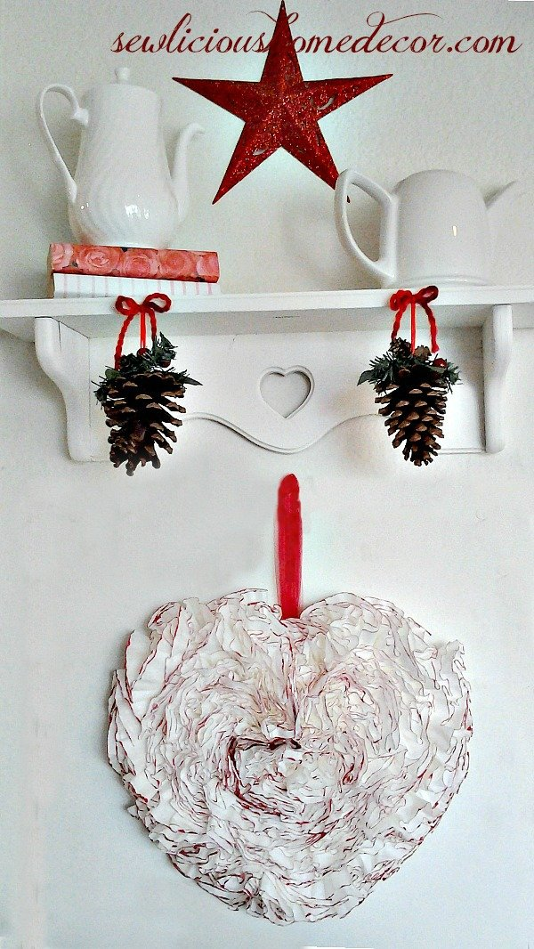Red Heart Coffee Filter Wreath1 Coffee Filter Wreath Tutorial