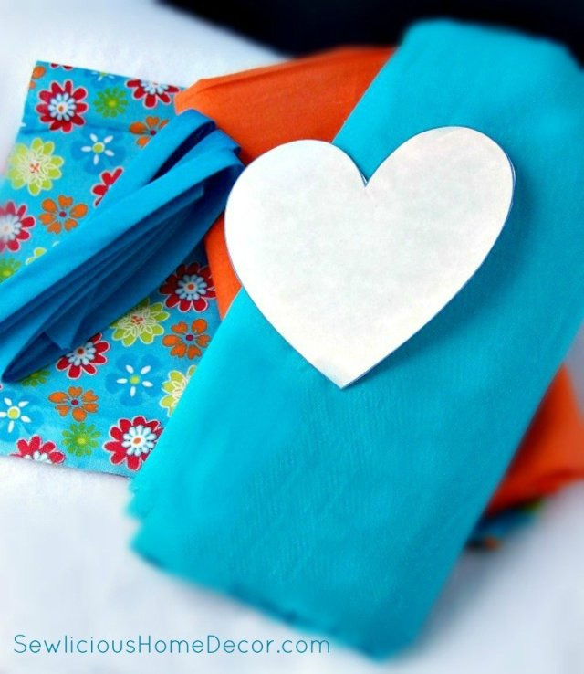 100 7179 DIY Heart Shaped Pot Holder with Binding Tutorial