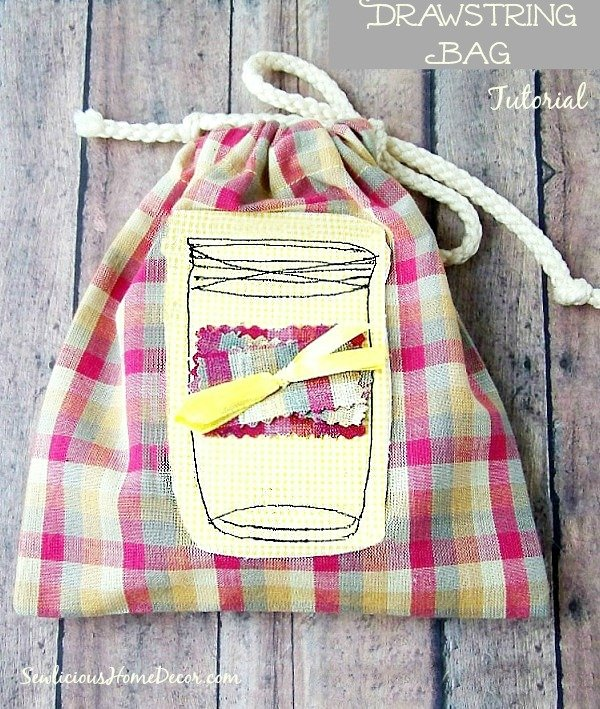 An Easy Mason Jar Drawstring Bag Tutorial for beginners or advanced at sewlicioushomedecor.com  Easy Mason Jar Drawstring Bag Tutorial