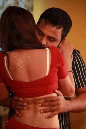 women in sexy saree