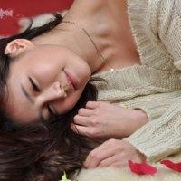 Han Ga Eun Ivory Sweater Dress