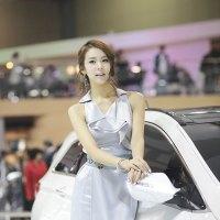 Jung Jae Kyung Seoul Motor Show 2011