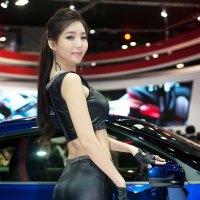 Lee Ji Min Seoul Motor Show 2015