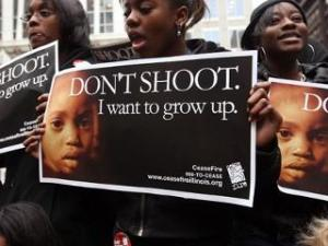 Black girls &#039;Don&#039;t shoot. I want to grow up&#039; 0612 Chicago