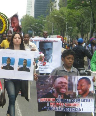 Malcolm Shabazz assassination protest El Angel Mexico City 060913-3