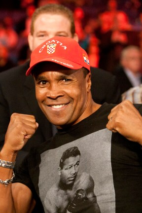 Ward v. Rodriguez 111613 Sugar Ray Leonard wearing Sugar Ray Robinson T-shirt by Malaika, web