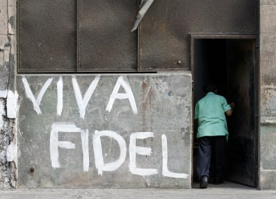 Cuban graf 'Viva Fidel' 2009 by Enrique De La Osa, Reuters