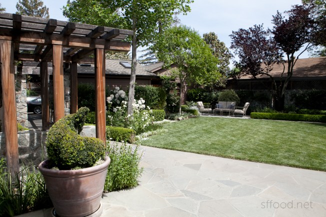 french laundry patio