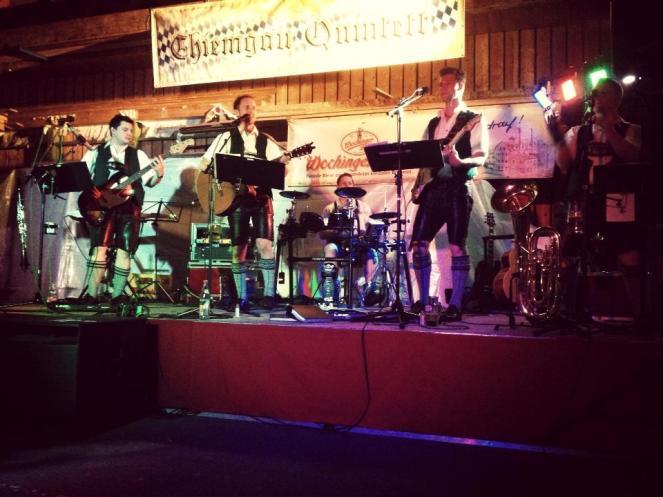 Das Chiemgau Quintett heizt beim Dorffest ein!