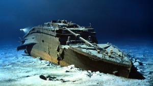 Real ship Titanic underwater-r ‫(29607810)‬ ‫‬