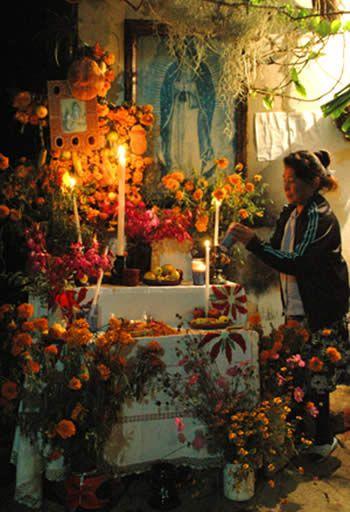 dias de los meurtos altar on Shalavee.com