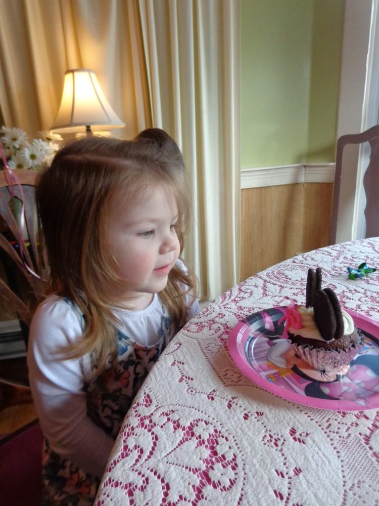 Emma and her cupcake on shalavee.com