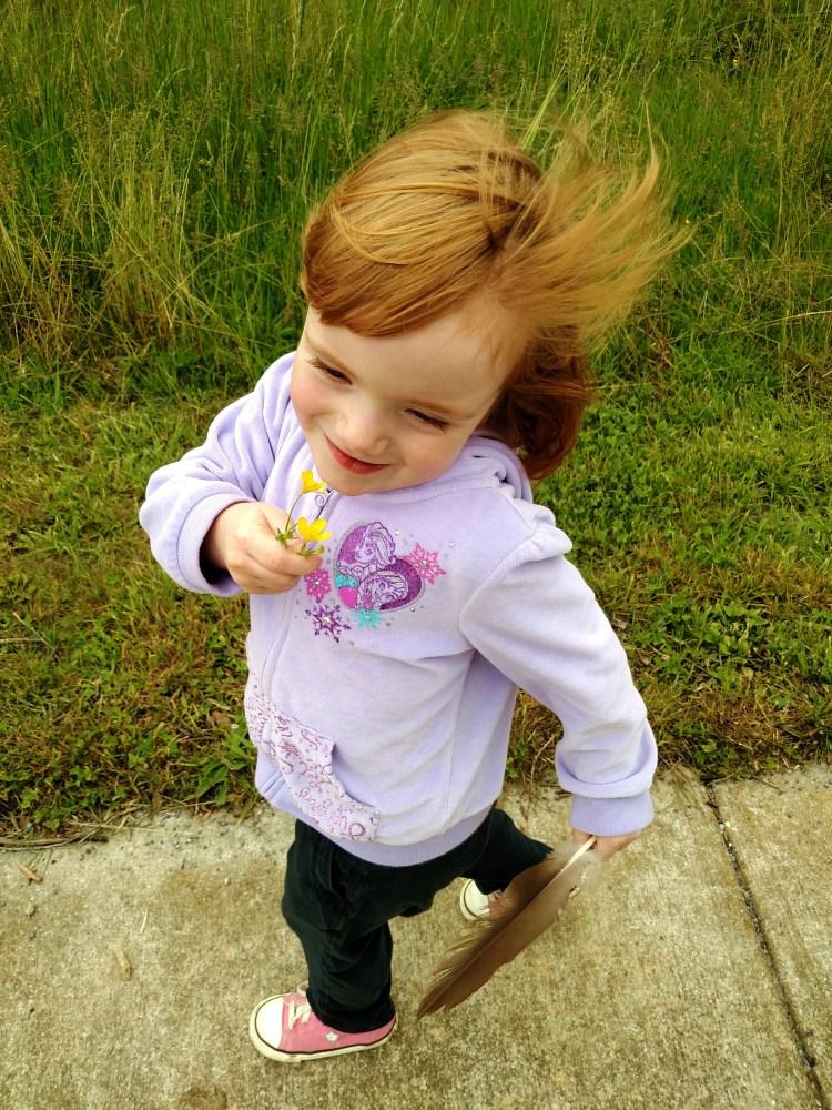 Happy windy Fiona on Shalavee.com