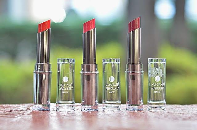 Lakme-Absolute-Sculpt-Studio-Hi-Definition-Matte-Lipstick4-5