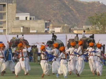 How to Celebrate Holi in India