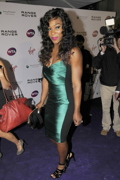 serena williams green dress burberry
