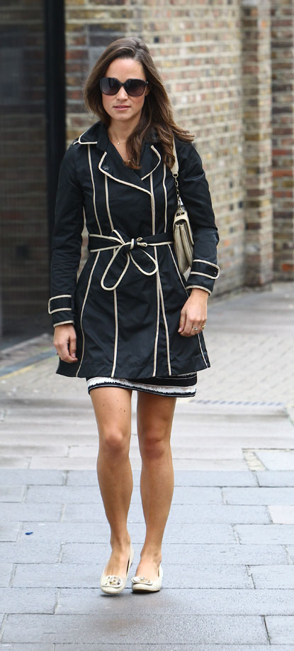 pippa middleton in black coat