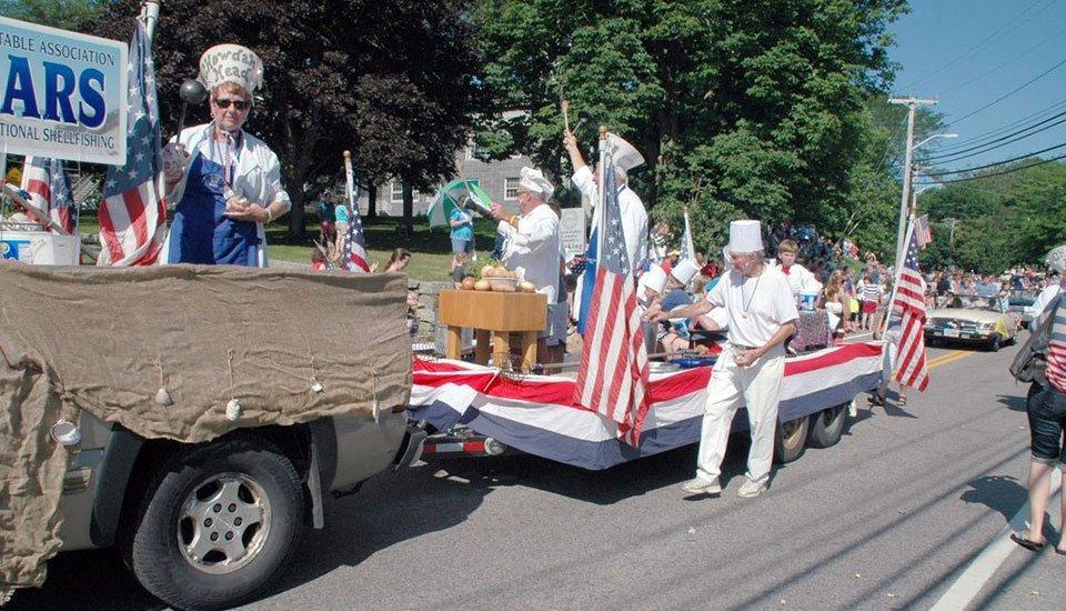 BARS July 4, 2013 parade float